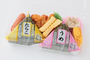 助六(4×4)/330円(税込)
